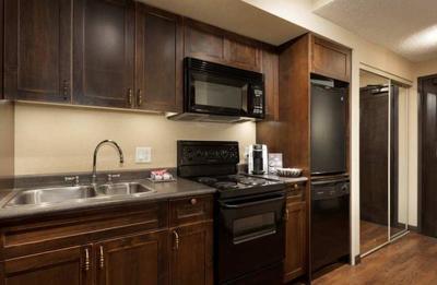 loft-kitchen.jpg
